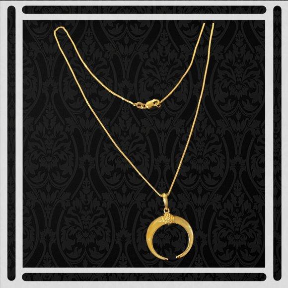 Na Hoku Boar Tusk 14K Gold Mother Of Pearl Pendant